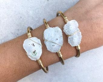 Raw crystal cuff bracelet, Solar quartz bracelet, Gemstone bracelet, Gold cuff bracelet, Rough cut jewelry, Boho bracelet
