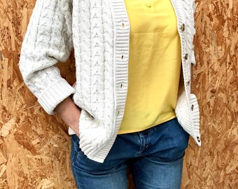 70s cable knit cream color vest / vintage buttoned down sweater vest / french oversized cardigan / s / m / 1970s