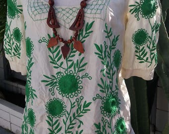 Boho embroidered vintage peasant blouse