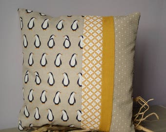Cushion in linen fabric patterns estate