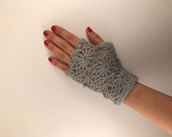 Gray - Crochet fingerless gloves -  Trendy Stylish with floral pattern