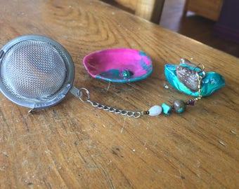 Tiny Teal Bird Tea Infuser with pink dish, Handmade Porcelain-Clay Tea Infuser