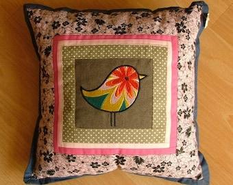 Birdy pillows