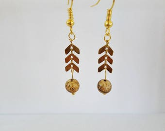 EARS: Pearl and gold spike Stud Earrings