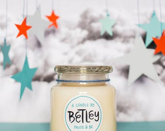Betley   Large White Tea & Lavender   Natural Soy Candle   Handmade   Social Enterprise