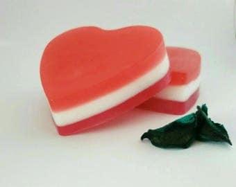 Natural heart soap - Anniversary soap - Romantic heart soap - Valentines soap - Heart soap gift - Soap for girlfriend - Wedding favor soap