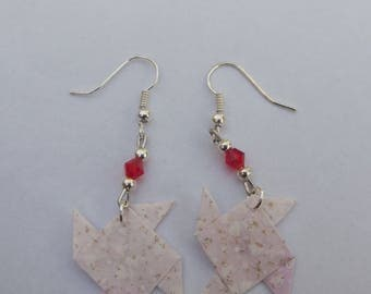 Dangling earrings in silver, small silver beads, Pearl red top and 1 pink and white origami Paper Windmill