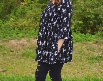 Handmade Black and white floral tunic with ruffle sleeves