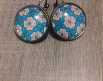 Wax pattern cabochon earrings