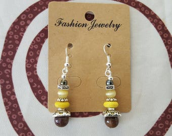 hook earrings and Pearl silver metal, ceramic bead, glass beads and Brown and yellow howlite