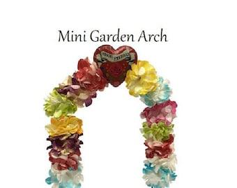 Miniature Flower Garden Arch, Dollhouse, Fairy Garden