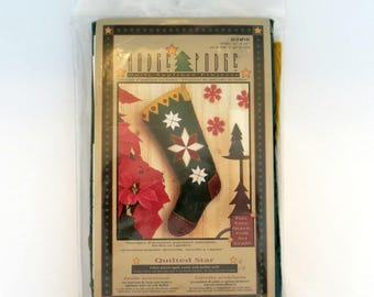 Hodge Podge Christmas Stocking Quilt Applique Kit | Holiday Quilted Felt Star | Quick and Easy | Folk Art Multi-Lingual Instructions
