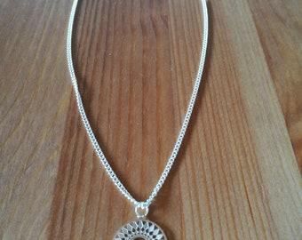 Necklace short Medallion