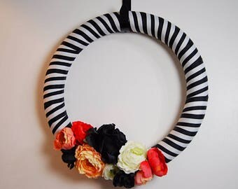 Black and White Wreath, Halloween Wreath, Holiday Decor, Custom Wreath, Striped Wreath, Pink, Black, White, Ribbon Wreath