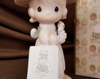 Vintage 1985 Precious Moments Symbol Of Membership Seek And Ye Shall Find