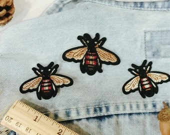 honey bee patch-embroidered patch-iron on patch -patch for jacket-DIY-cute