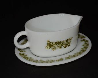 PYREX, Spring Blossom, Green, 'Crazy Daisy', Gravy Boat, plate, Milk glass, Vintage,1970, vintage Pyrex, mint