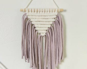 Mini Pink/Cream Macrame Wall Hanging minature