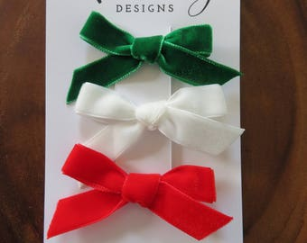"""The """"Christmas"""" Velvet Bow Set"""