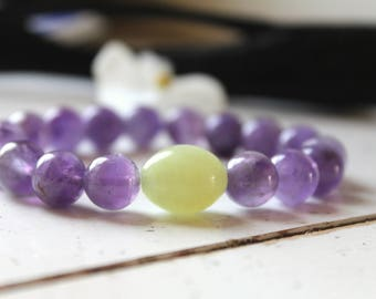 Chalcedony Mauve bracelet with jade-beaded bracelet-purple bracelet-Green jade