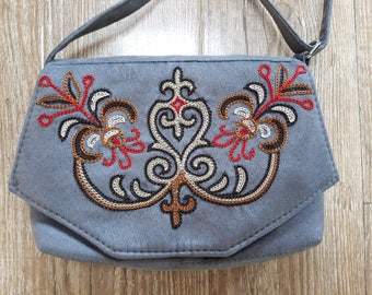 Crossbody Bags, Embroidery Crossbody Purses, Embroidered Messenger Bags for Women, Crossbody Wallet, Crossbody Purse, Crossbody Phone Case