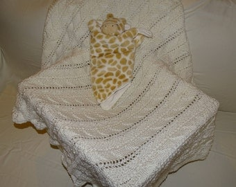 White Patterned Hand Knit Baby Blanket