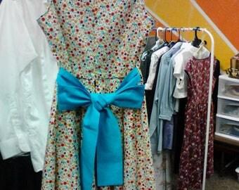 Girls' dress, vintage style, age 7-12