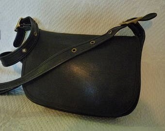 Coach leather Messenger Bag Black very good condition