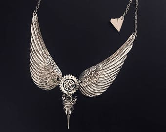 Freedom Collection Antic Silver Alloy Necklace 004