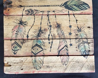 pallet art decorated recycled wood