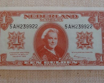 Look!! Netherlands 1 gulden in XF+ CONDITION!!! 1945 WOW!