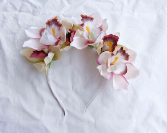 orchid spring races fascinator - [white flower crown, elegant headpiece]