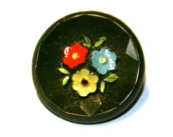 6 vintage buttons made of glass