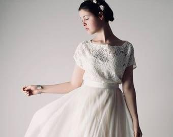 Bridal lace top, Lace wedding top, Bridal separate, Boho wedding dress, Lace blouse, Modest wedding dress, Wedding separate, two piece dress