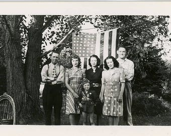Vintage photo 1942 Family Americana Stand by American Flag Jonson townsend family