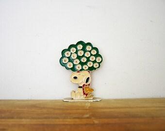 vintage 1970s Snoopy & Woodstock Peanuts Under Tree Metal Earring Tree // Retro Jewelry Storage