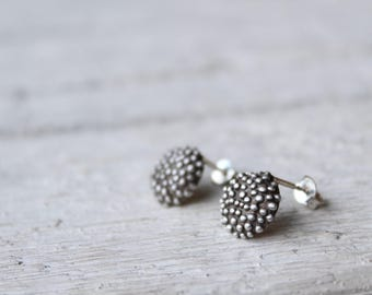 Dot earrings stud-Sterling silver stud -Dainty earrings -Everyday earrings -Cirlce stud earrings -Bubble earrings -Minimalist jewelry -Gift