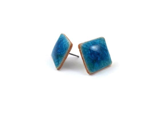 Blue icy crackled ceramic porcelain square stud earrings - Titanium, Ceramic & Glass