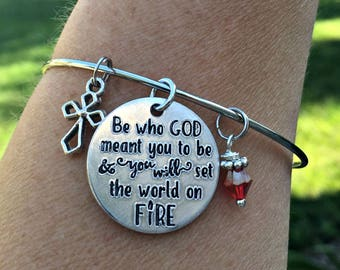 Saint Quote Bangle Bracelet, St Catherine of Siena Be Who God Meant You To Be, Set The World On Fire, Catholic Confirmation Gift, Christian