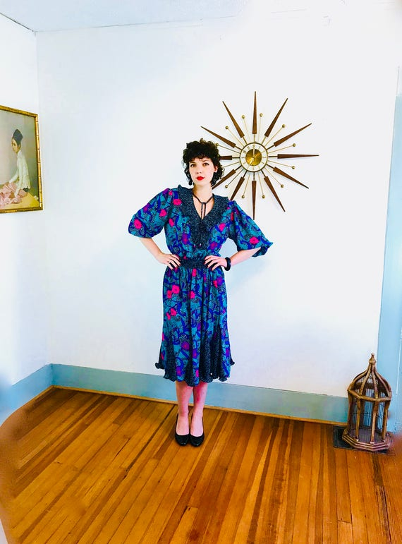 80s Ruffle Dress, SUSAN FREIS ASSORTI, Vintage 1980s dress, Black Teal Purple Floral, 80s party dress, Puff Sleeves, Triangle Godot Skirt