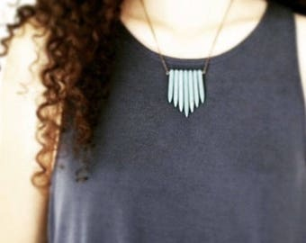 Turquoise Necklace / Tribal Jewelry / Southwestern Jewelry / Blue Howlite Points / Fan Style Necklace