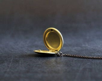 Brass Locket Necklace / Vintage Locket Jewelry