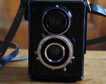 Lubitel 2 twin lens film camera, vintage photography