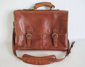HiDesign Leather Briefcase Shoulder Strap Top Carry Handle Lots of Pockets Distressed