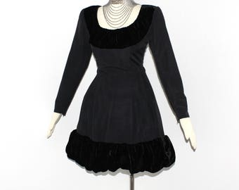 Vintage GIVENCHY COUTURE Dress Black Ruched Velvet Hourglass - AUTHENTIC -
