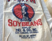 Vintage Soybean bag with great Statue of liberty graphics - red and blue