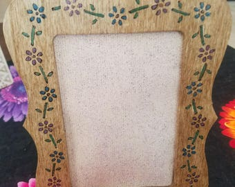 Wood picture frame.