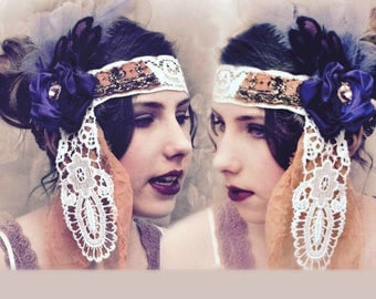 Bridal flapper headdress. Wedding headband with beautiful vintage lace and indian embroidery. 1920s wedding. Bohemian wedding a unique touch