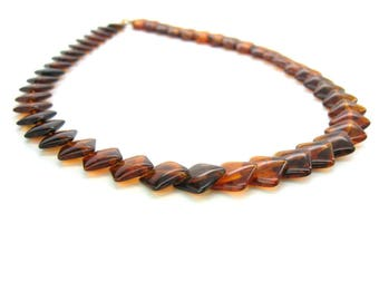 Tortoise Shell Squares Necklace. Crown Trifari Jewelry. Root Beer Brown Lucite Layered Beads. Single Strand. Vintage 1970s Mod
