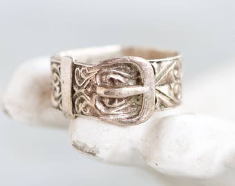 Buckle Up Ring - Vintage Sterling Silver Ring - Size 9